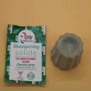Shampoing solide pour cheveux gras – herbes folles